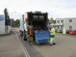 camion de collecte déchets entreprise
