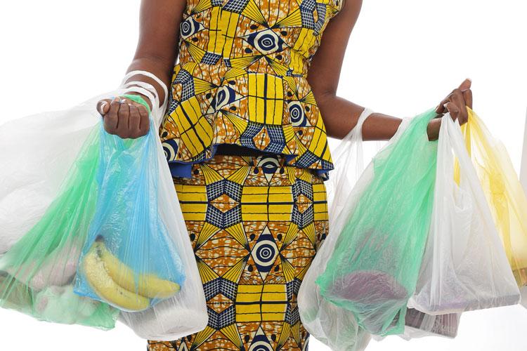 Dans les magasins, j'achète moins de déchets !